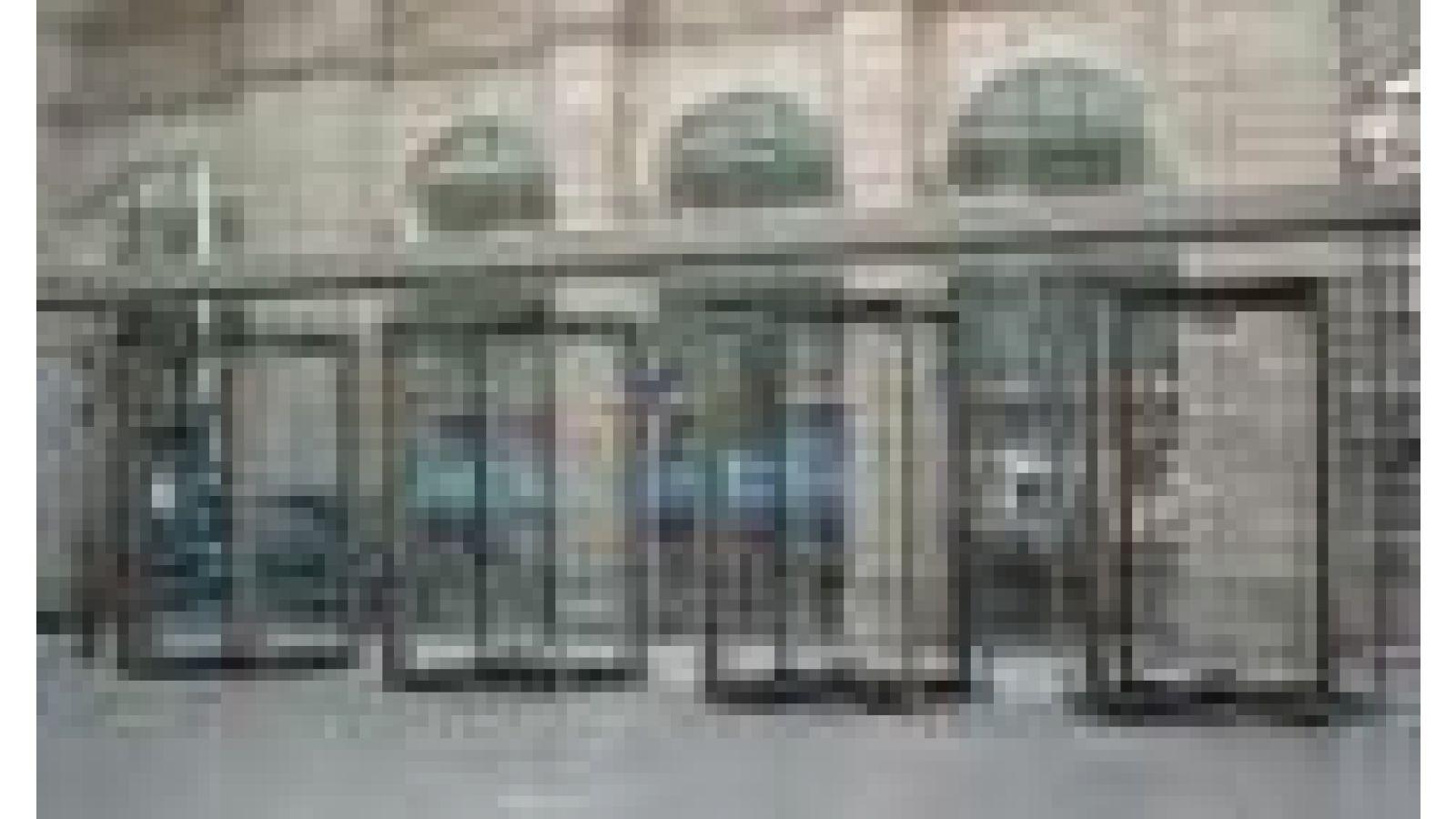 All glass revolving doors GGG
