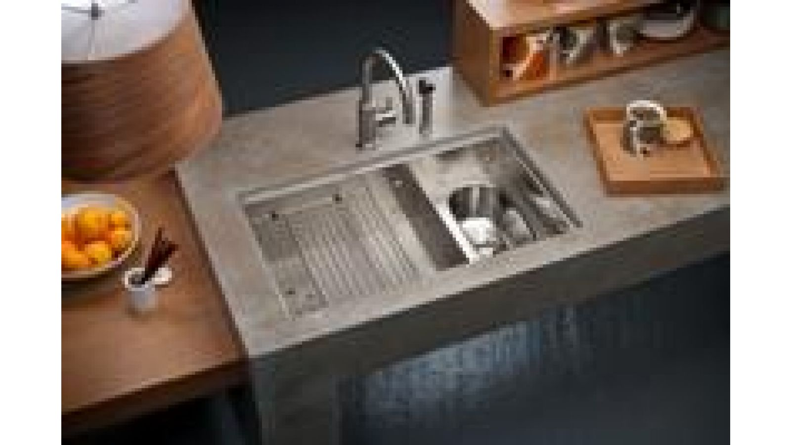 Cascade Compact Sink by Fu-Tung Cheng