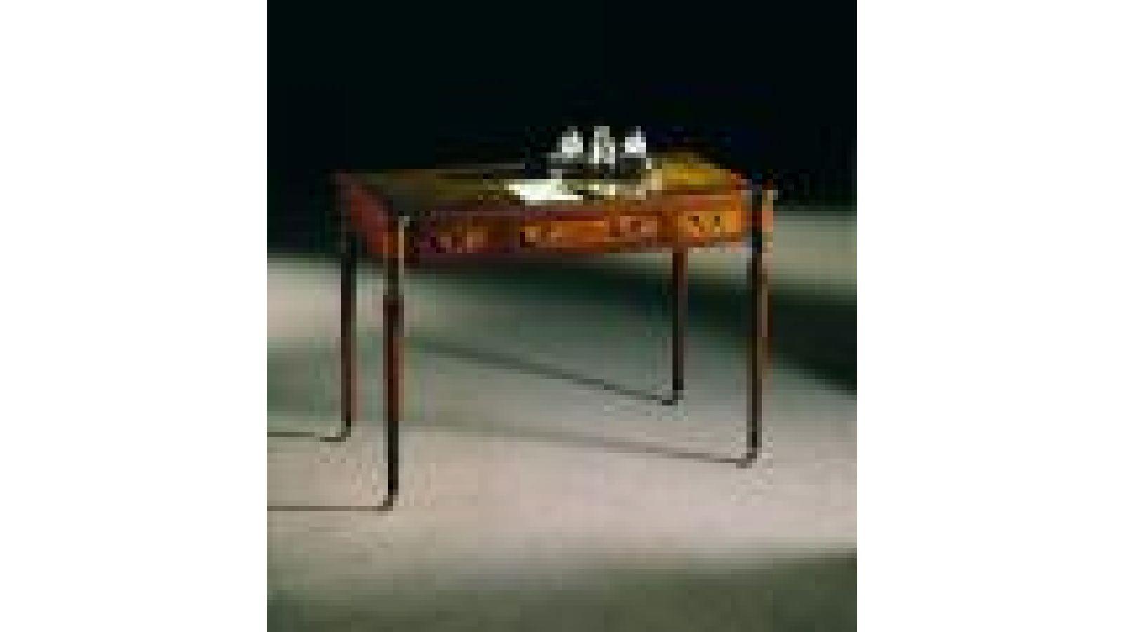 2277 - Mahogany writing table