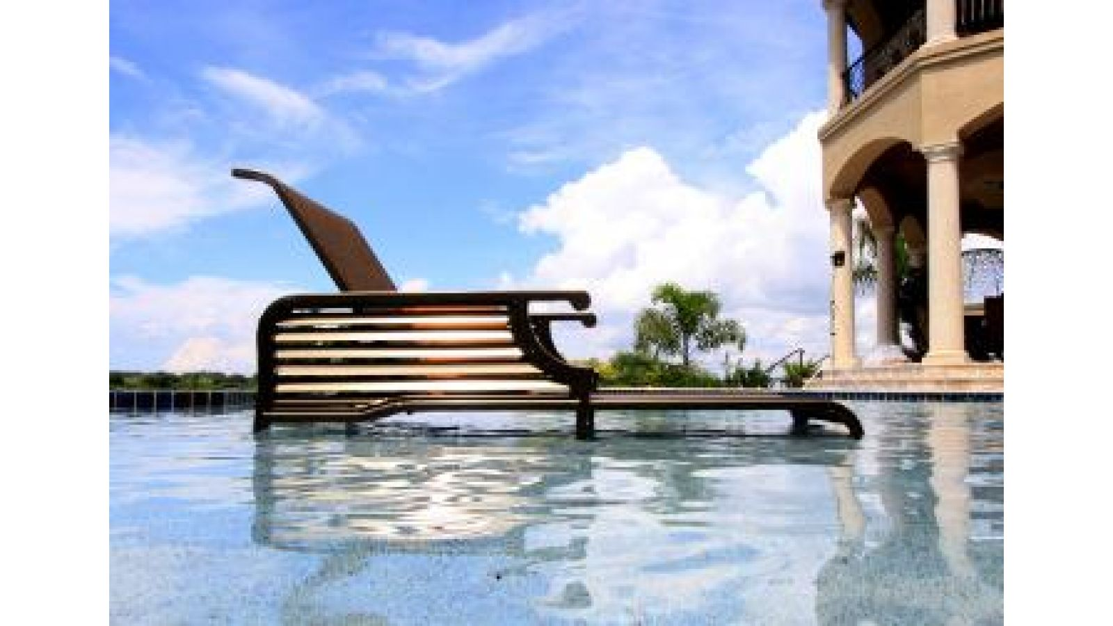 Sol Lover Chaise