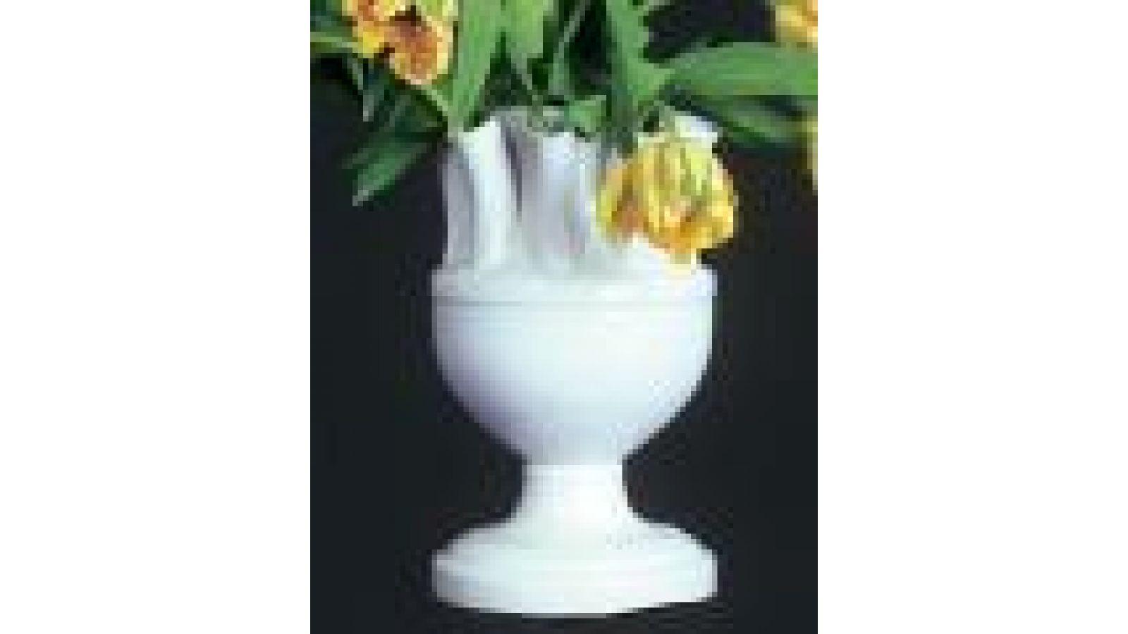 White Tulipiere