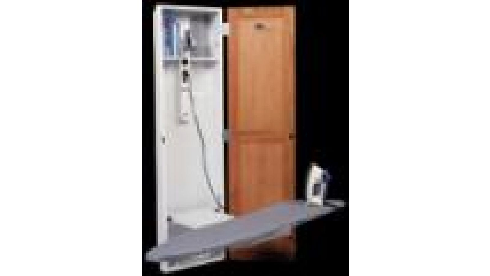 112 - Electric Ironing Center