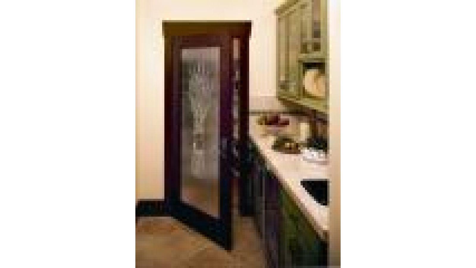 JELD-WEN IWP Collection Interior Door with Sculpted Glass