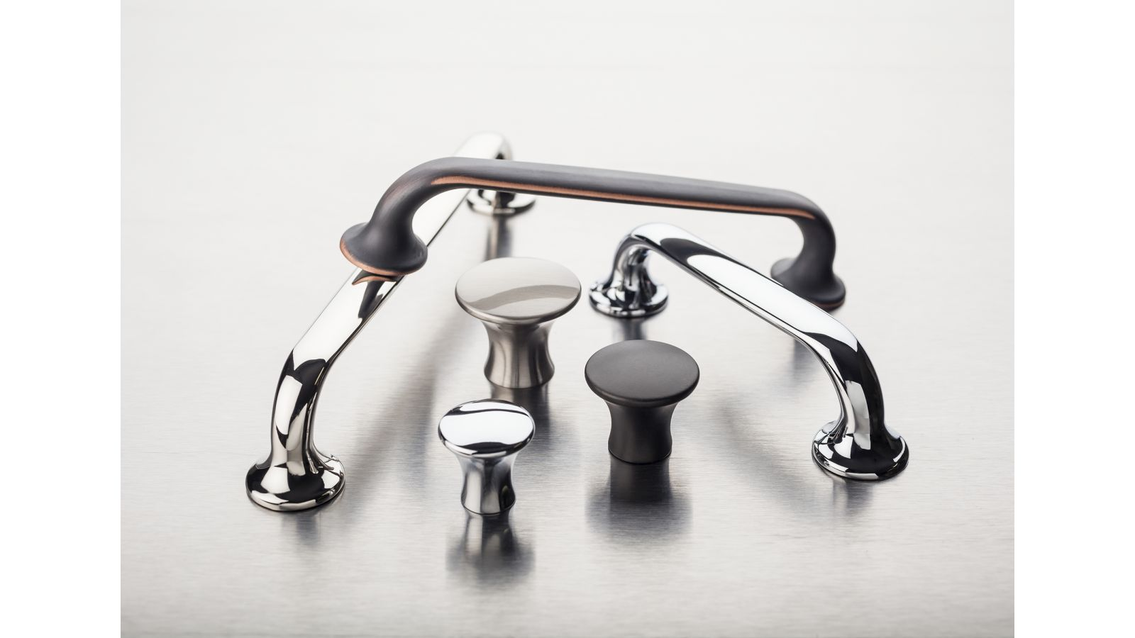 Top Knobs Mercer Collection Oculus Series