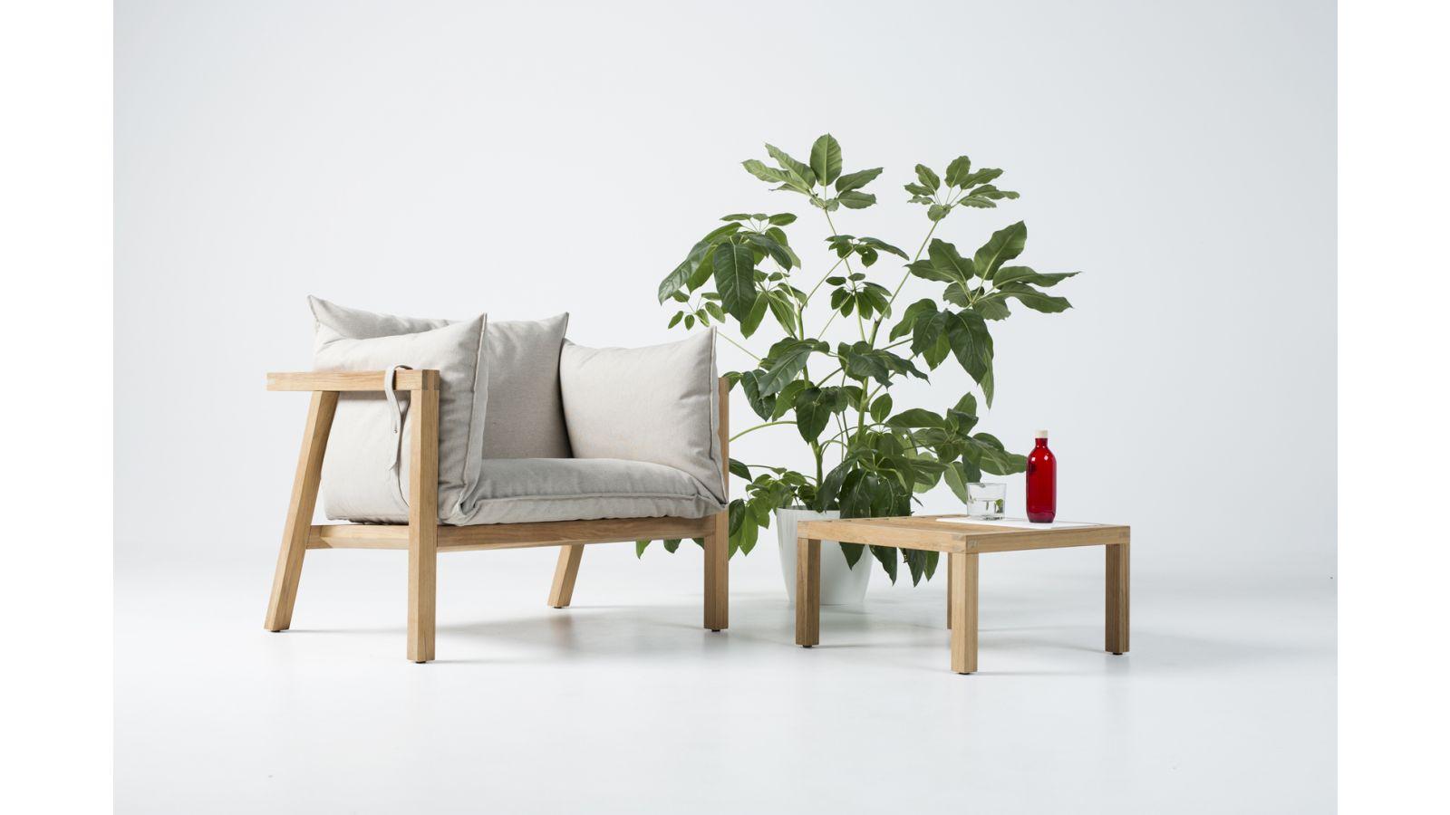 Umomoku outdoor furniture