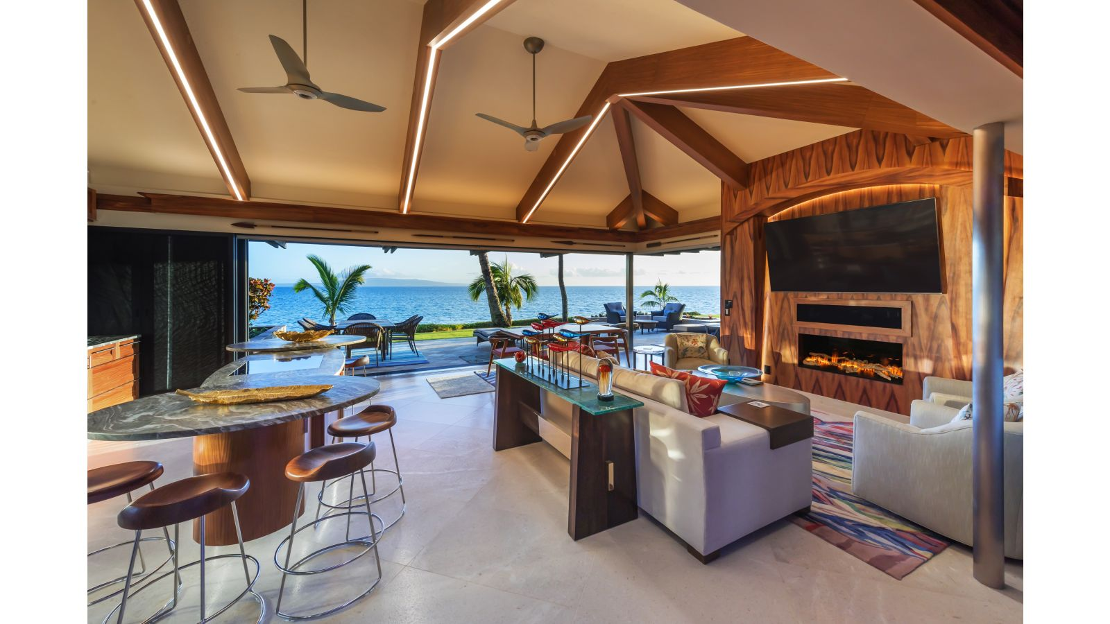 A South Maui Remodel Opening to the Spectacular Ocean View