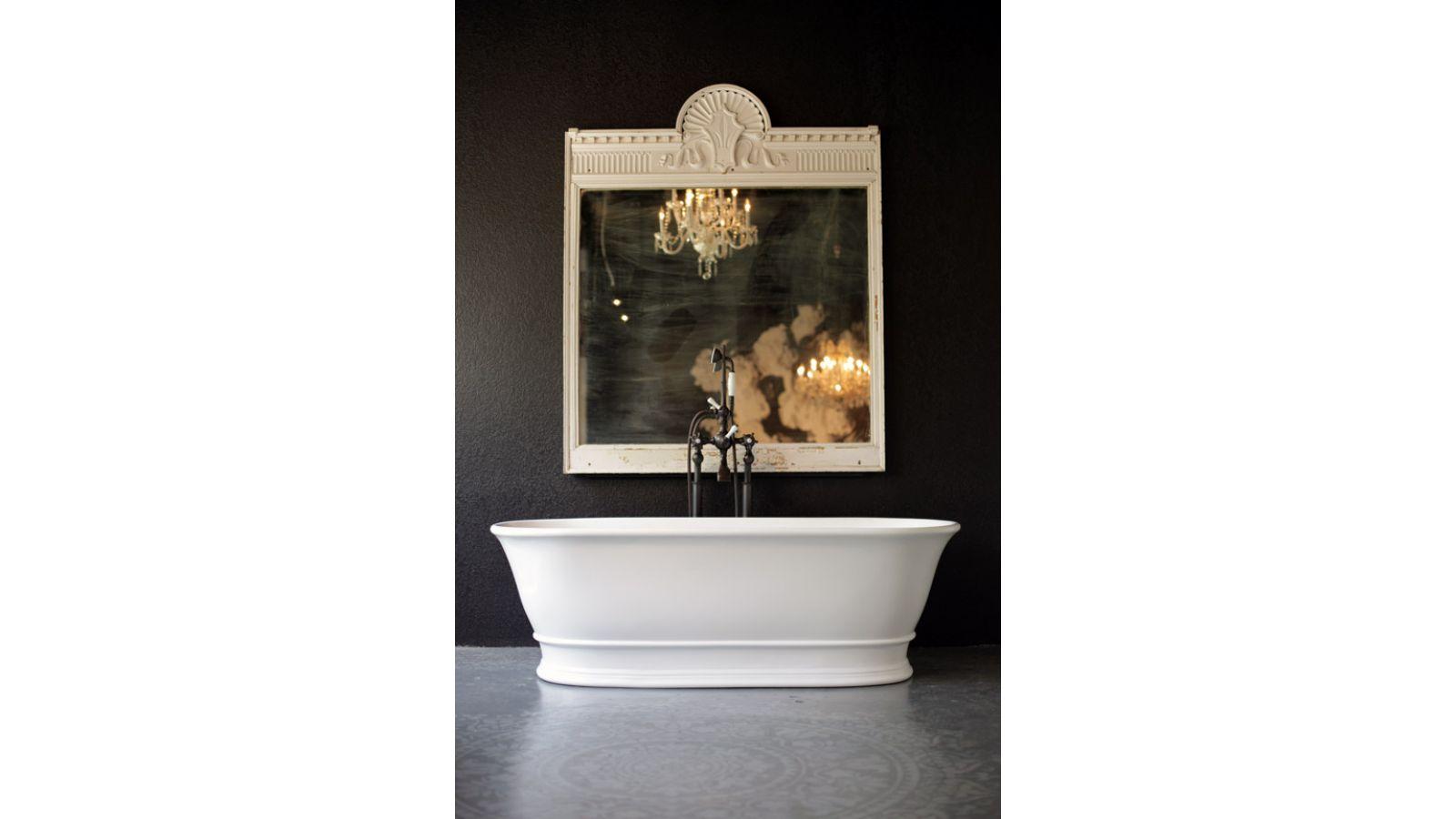 Regent Bathtub