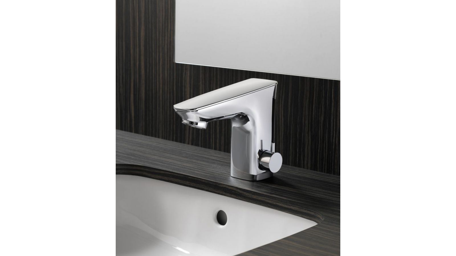 Integrated EcoPower Faucet 5x7