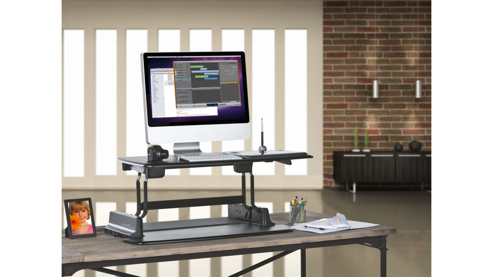 VARIDESK Asjustable Height Sit-to-Stand Desks