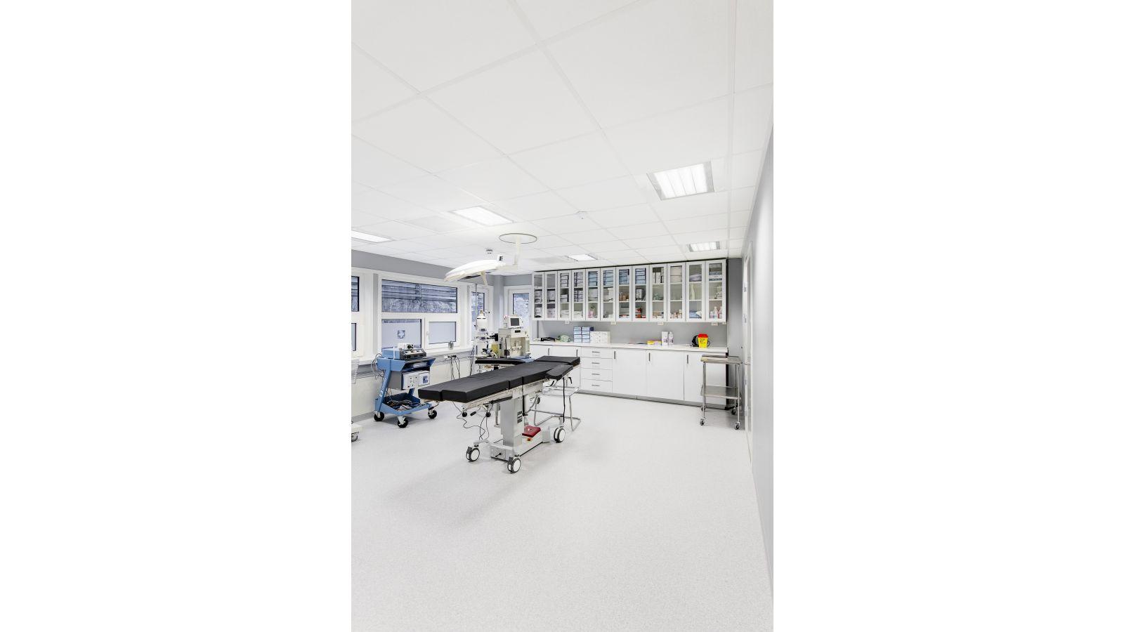 ROCKFON Medical stone wool ceiling panels