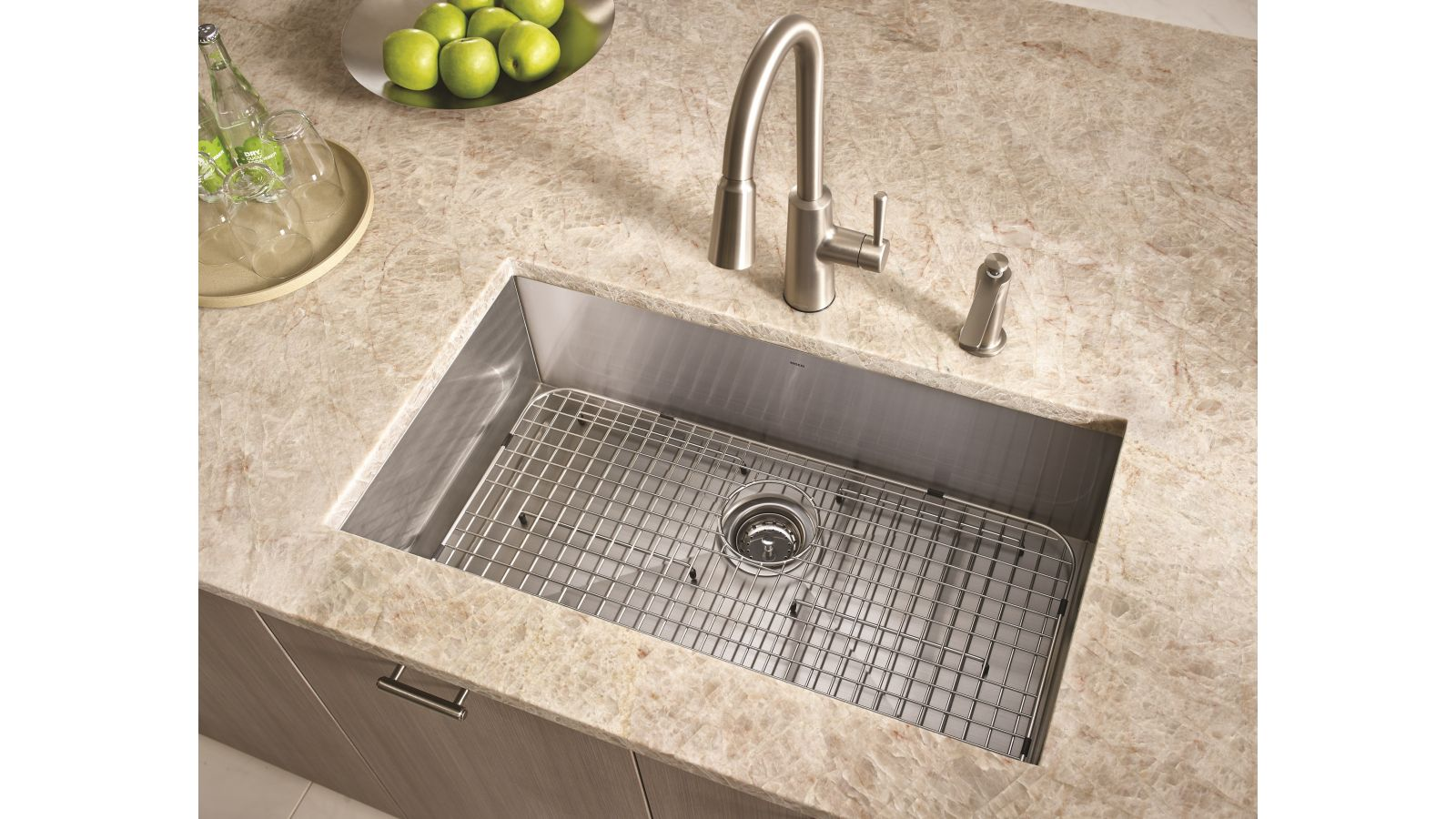 Riley™ Pulldown Kitchen Faucet