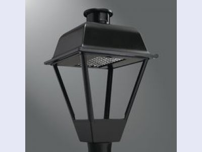 Streetworks Traditionaire LED Decorative Post Top Luminaire
