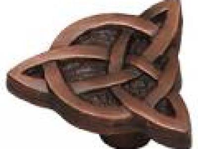Celtic Knot Knob in Rust