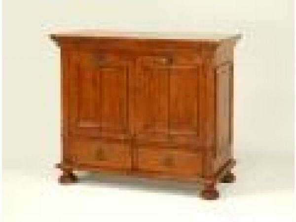 3843 Small DLP TV Cabinet