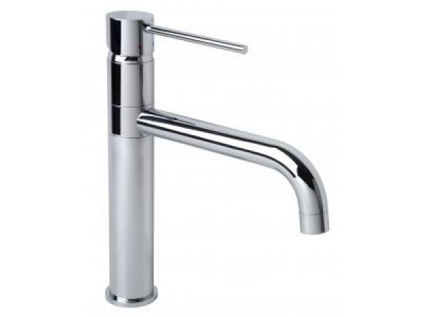 Dia Single Handle Kitchen Faucet in Chrome