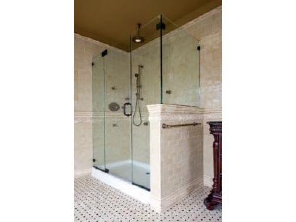 1632-B Glasstec Frameless Shower
