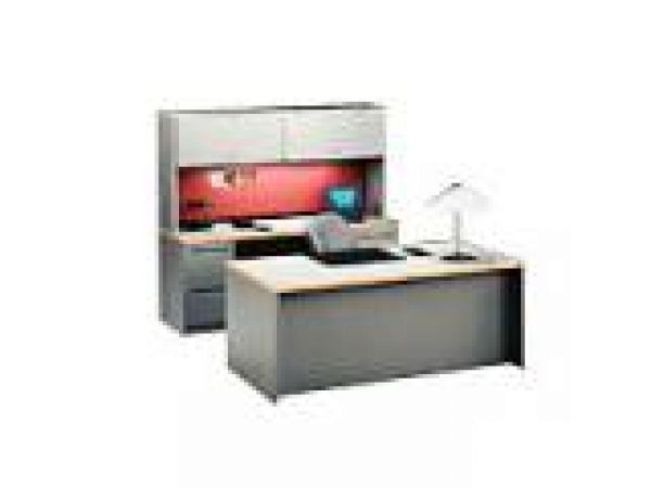 700 Series Desking