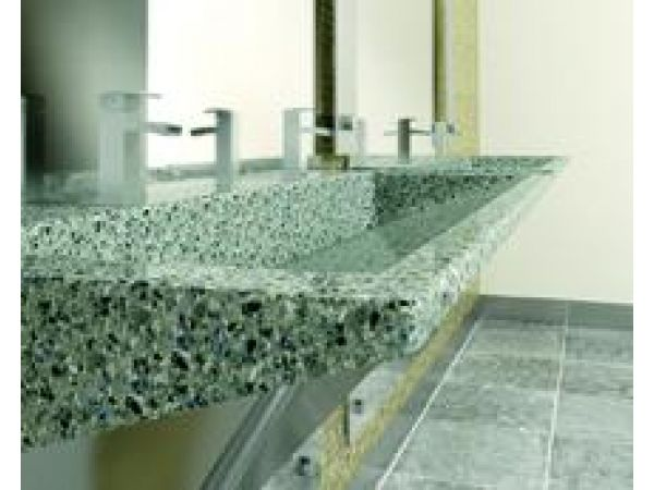 Verge Lavatory System in Evero Natural Quartz