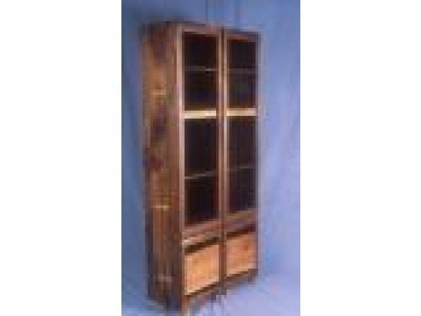 Linda bookcases