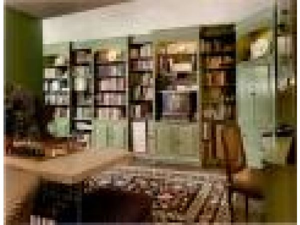 Penthouse Library/ Entry Hall