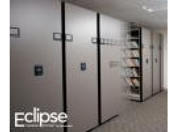 Eclipse Powered System by Spacesaver