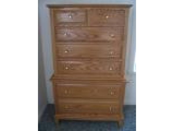Early American Oak Raised Panel Chest On Chest 7 Drawer Dresser