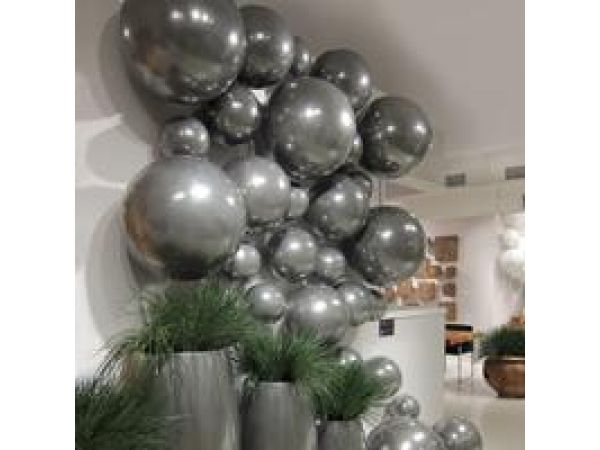 Balls on the Wall