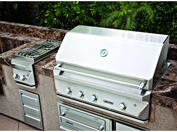 Twin Eagles Outdoor Kitchen Equipment