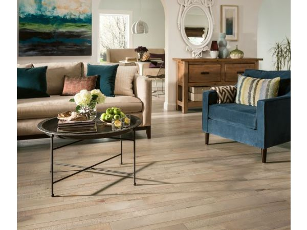 Armstrong Flooring, Artistic Timbers™ TimberCuts™ solid and TimberBrushed™ engineered hardwood