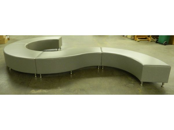 circle custom lounge bench