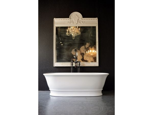 Regent Bathtub