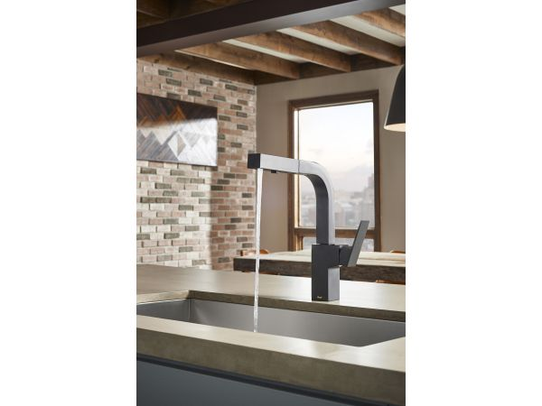 Mid-town Pull-Out Kitchen Faucet in Black