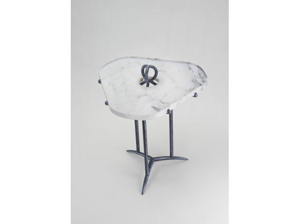 PHALENE pedestal