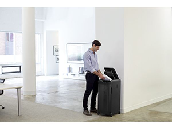 AutoMax 550C Auto Feed Shredder