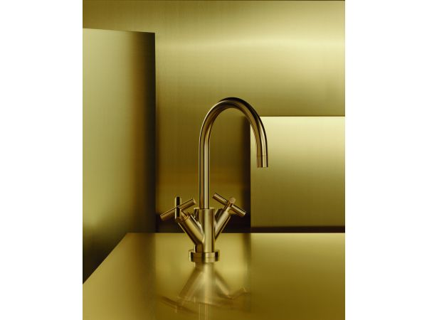 Tara in Brushed Durabrass