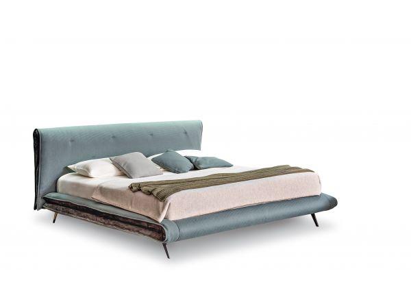 Saddle Bed