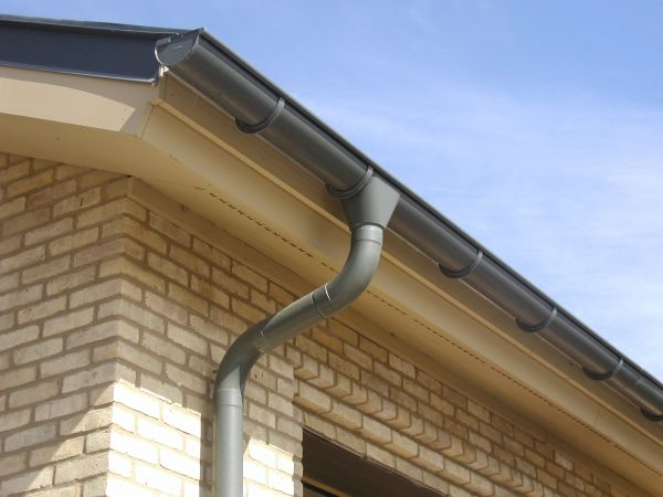 RHEINZINK\'s Zinc Downspouts and Rainwater Products Support Effective Roof Drainage with Stylish Appeal