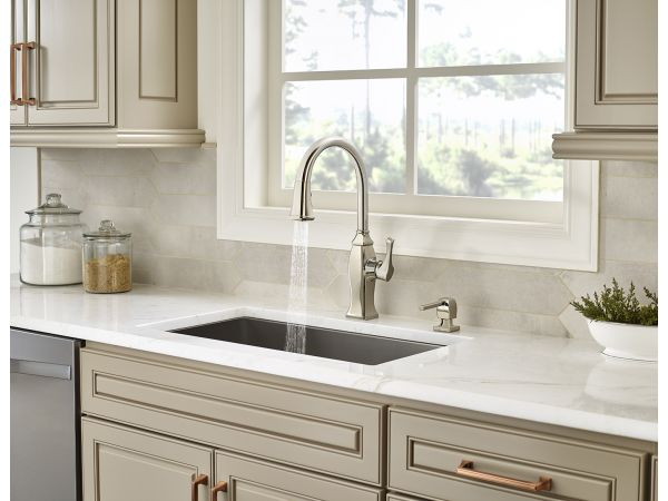 Briarsfield Pull-Down Kitchen Faucet