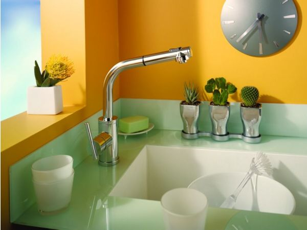 Parm Pull-out Kitchen Faucet
