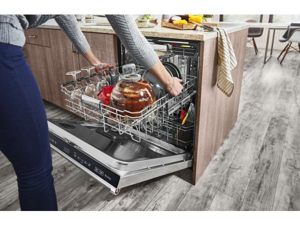 KitchenAid® 44 dBA Dishwasher with FreeFlex™ Third Rack and LED Interior Lighting