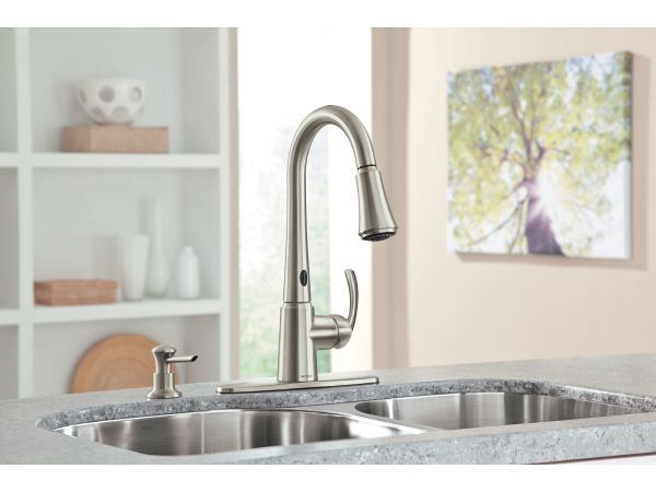 Moen Delaney pulldown kitchen faucet with MotionSense