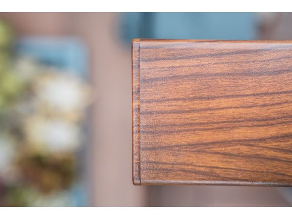 DesignRail® Top Rail in Wood Grain Finish