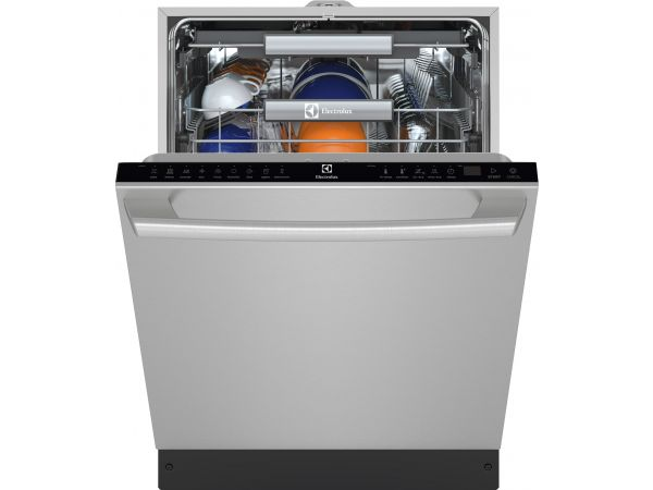 24 Built-In Dishwasher with IQ-Touch Controls
