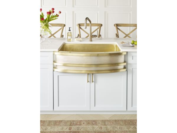 Thompson Traders Quintana Handcrafted Farmhouse Kitchen Sink
