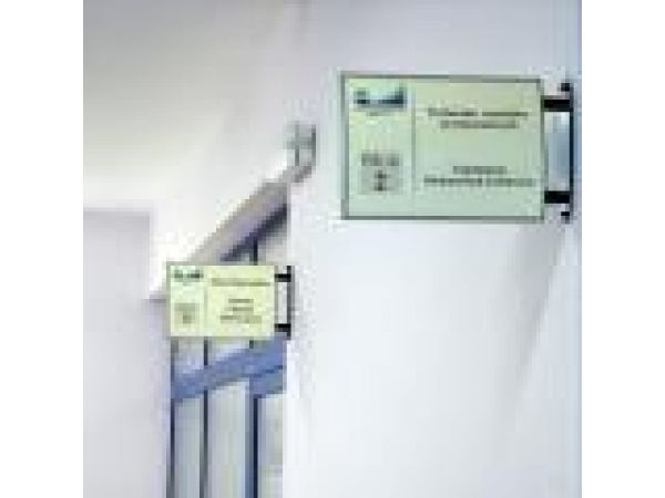 Vista System Projecting Wall Brackets