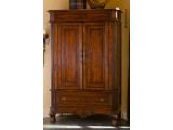 9607T / Armoire (Top/Hutch)Doors Closed