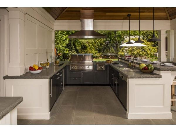 The ABCs of Outdoor Kitchen Layouts