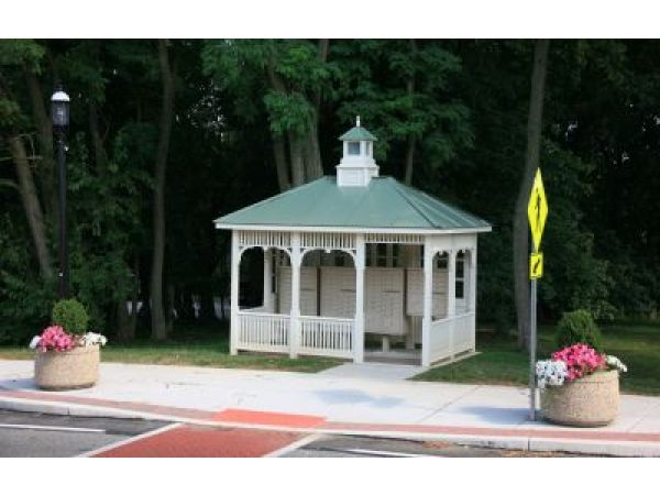 Outdoor Mail Kiosk & Shelter