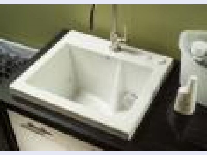 Jentle Jet Laundry Sink