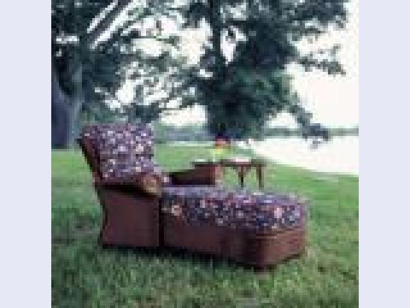 Hearthside Chaise Lounge